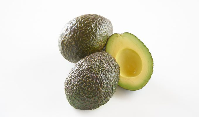CALORIES IN AVOCADO AND THE NUTRITIONAL BENEFITS-min