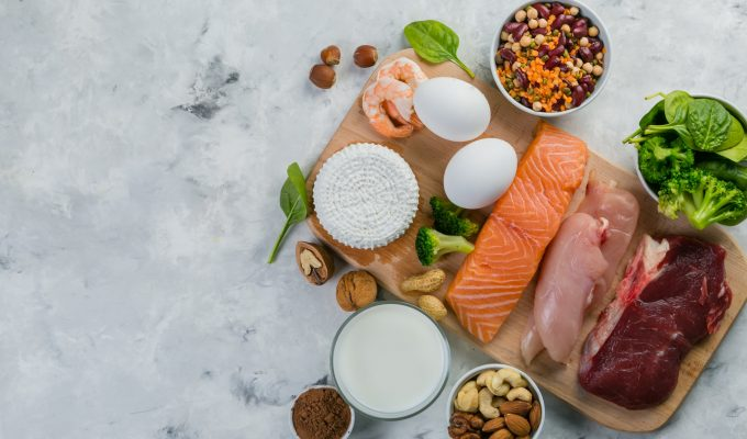 HOW TO ACHIEVE A HIGH PROTEIN LOW CARB DIET-min