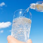IS CARBONATED WATER A HEALTHY DRINK-min