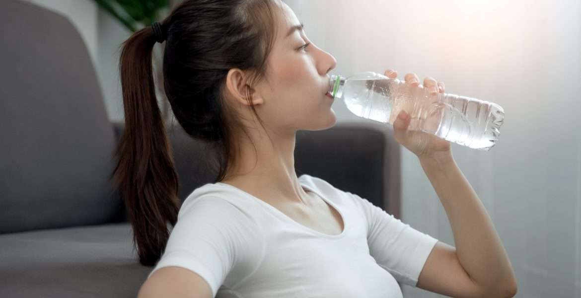 Incredible Benefits of Drinking Enough Water-min