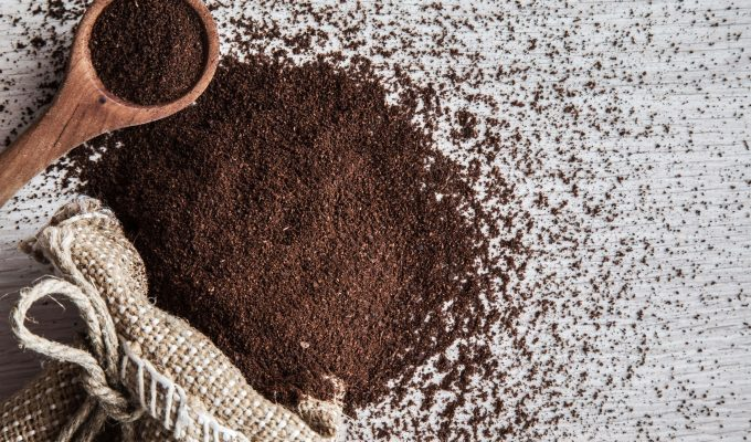 USES OF COFFEE GROUNDS-min