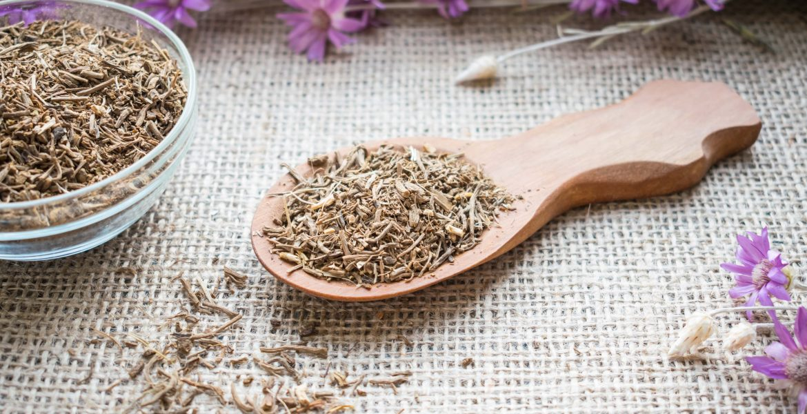 VALERIAN ROOT - PERFECT HERBAL REMEDY FOR SLEEP AND ANXIETY-min