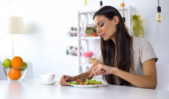 DOES OPTAVIA DIET HELP IN WEIGHT LOSS-min