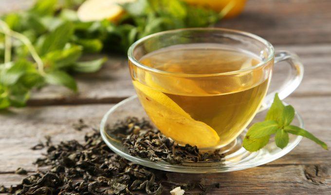 HOW MUCH CAFFEINE IS FOUND IN GREEN TEA-min