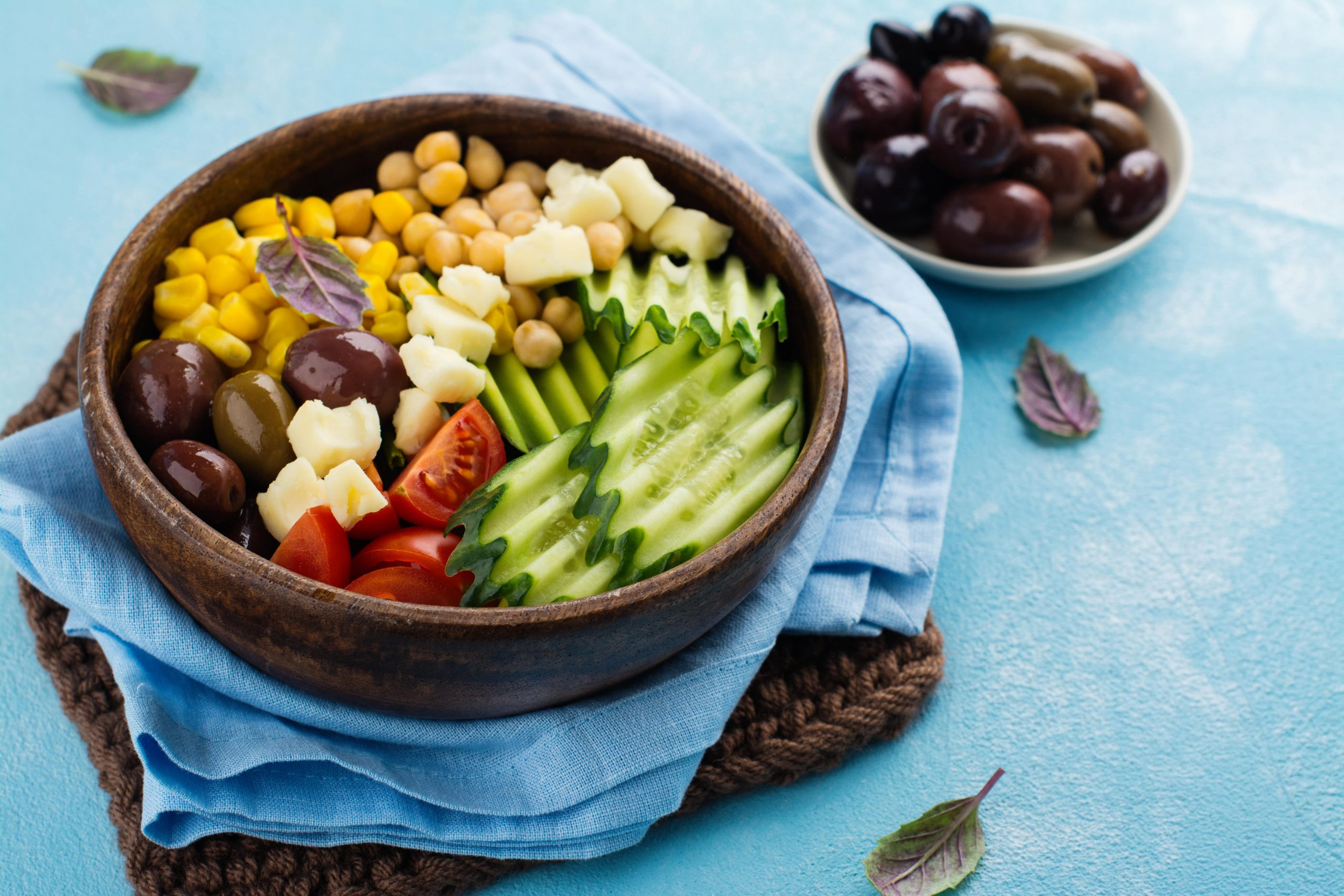 THE RAW FOOD DIET - ALL YOU NEED TO KNOW ABOUT IT-min